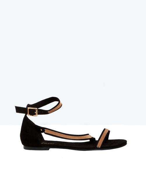 Sandales plates en suédine, détails chaînes