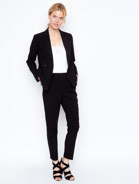 Pants black.