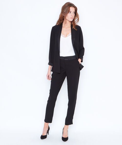 Tailored collar blazer