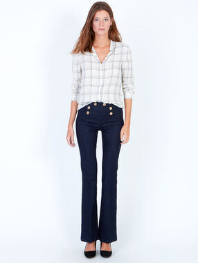 Double button flare jeans denim.