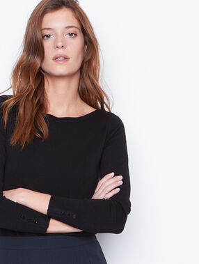 Slash neck sweater black.