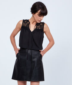Jupe trapèze effet cuir taille haute noir.