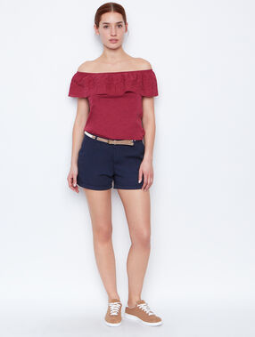 Cold shoulder top currant.