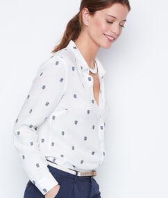 Camisa estampado piñas azul marino.