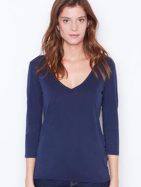 T-shirt manches 3/4 à col v bleu marine.