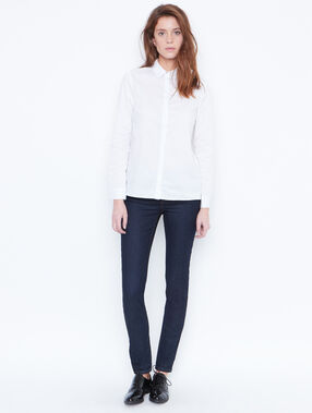 Shirt white.