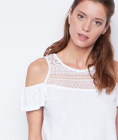 Top épaules dénudées col en dentelle blanc.