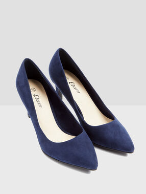 Plain heeled court shoes navy.