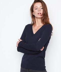 V neck sweater navy.