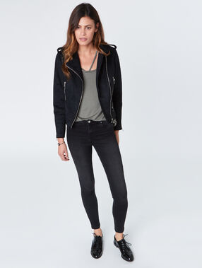 Perfecto jacket black.
