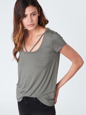 Short sleeves t-shirt grey.