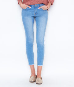 Jean skinny denim.