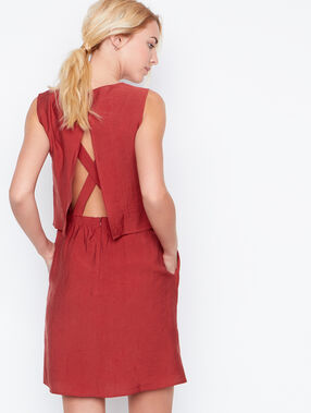 Open back dress red.