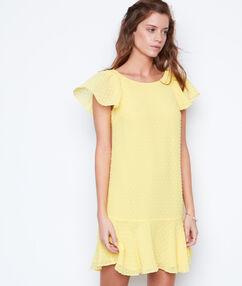 Robe fluide plumetis jaune.