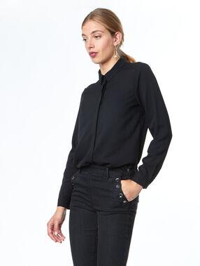 Hemd schwarz.