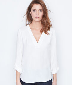 V-neck blouse white.