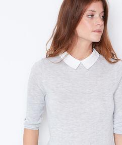 Jersey 2 en 1 cuello camisero gris claro.