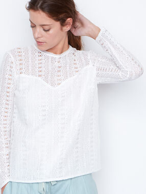 Lace long sleeves shirt white.