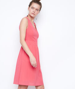 Sleeveless dress coral.