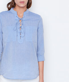 Long sleeves shirt blue.