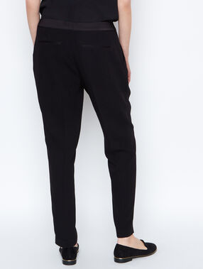 Flowing pants black.