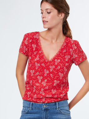 Printed t-shirt red.