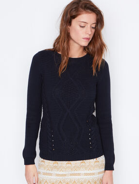 Cable knit sweater navy.