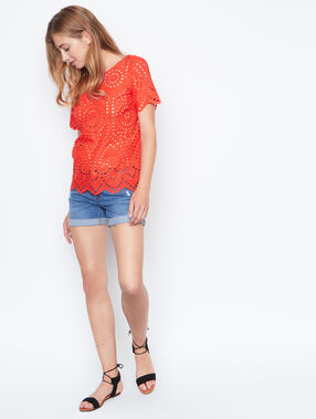 Short sleeves top red.