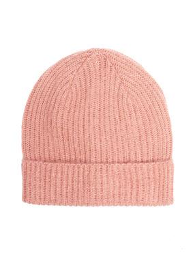 Hat pink.