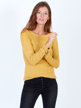 Slash neck jumper mustard.