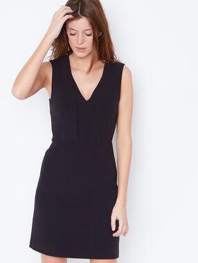 Robe formelle sans manches noir.