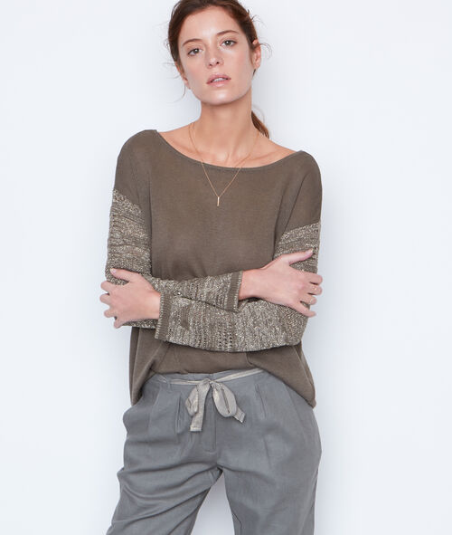 Pull maille fine perles dans le dos