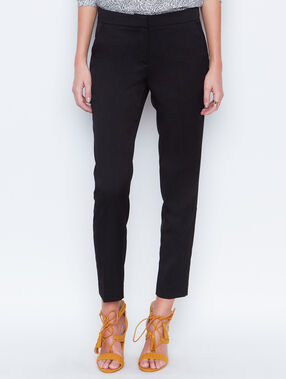 Cigarette trousers black.
