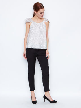 Lace short sleeves top white.