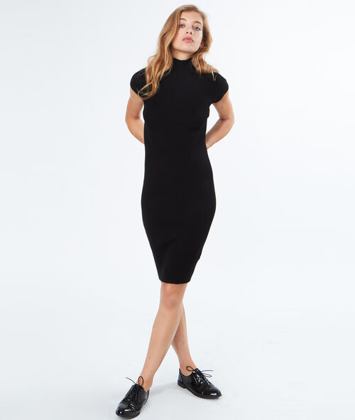 Sweater dress with stand-up collar
