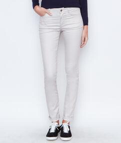 Pantalon slim blanc.