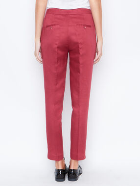 Linen carrot pants currant.