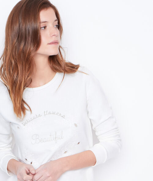 Round collar sweatshirt