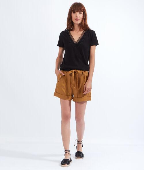 Linen and viscose V-neck T-shirt