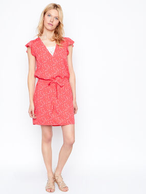 Flowing dress coral.