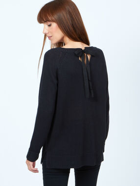 Bow back sweater black.