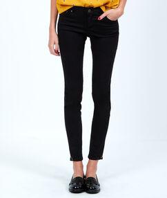 Pantalon skinny noir.