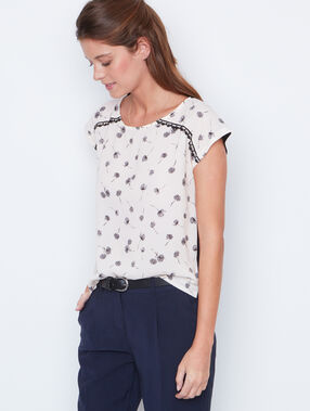 Printed  short sleeve top nude.