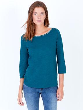 T-shirt manches 3/4 ,détail liseré argenté au col vert jade.