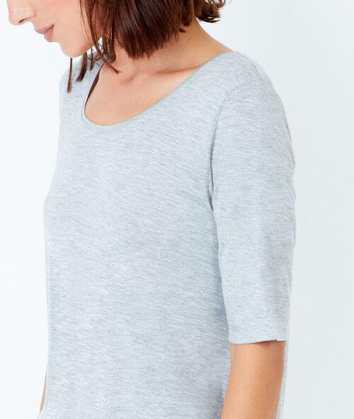 3/4 sleeve round collar T-shirt