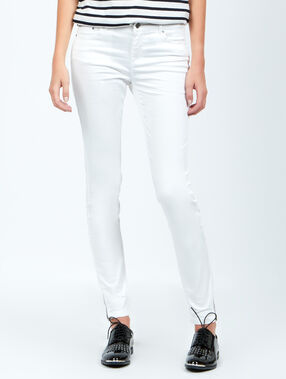 Pantalon skinny blanc.