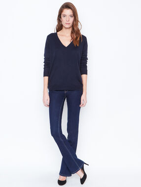Cotton cashmere v-neck sweater navy.