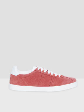 Sneakers en cuir rose.