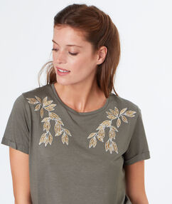 T-shirt with embroideries khaki.