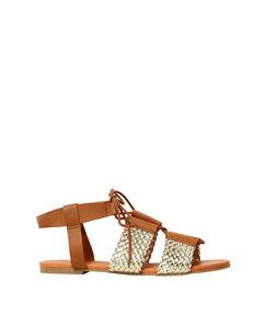 Sandales plates tressées camel / dore.
